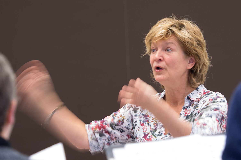 Dirigent Yt Nicolai - foto: Ton Besling